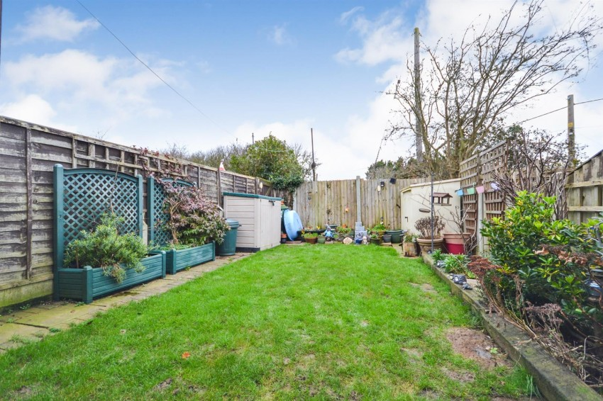 Images for Garden Close, Althorne